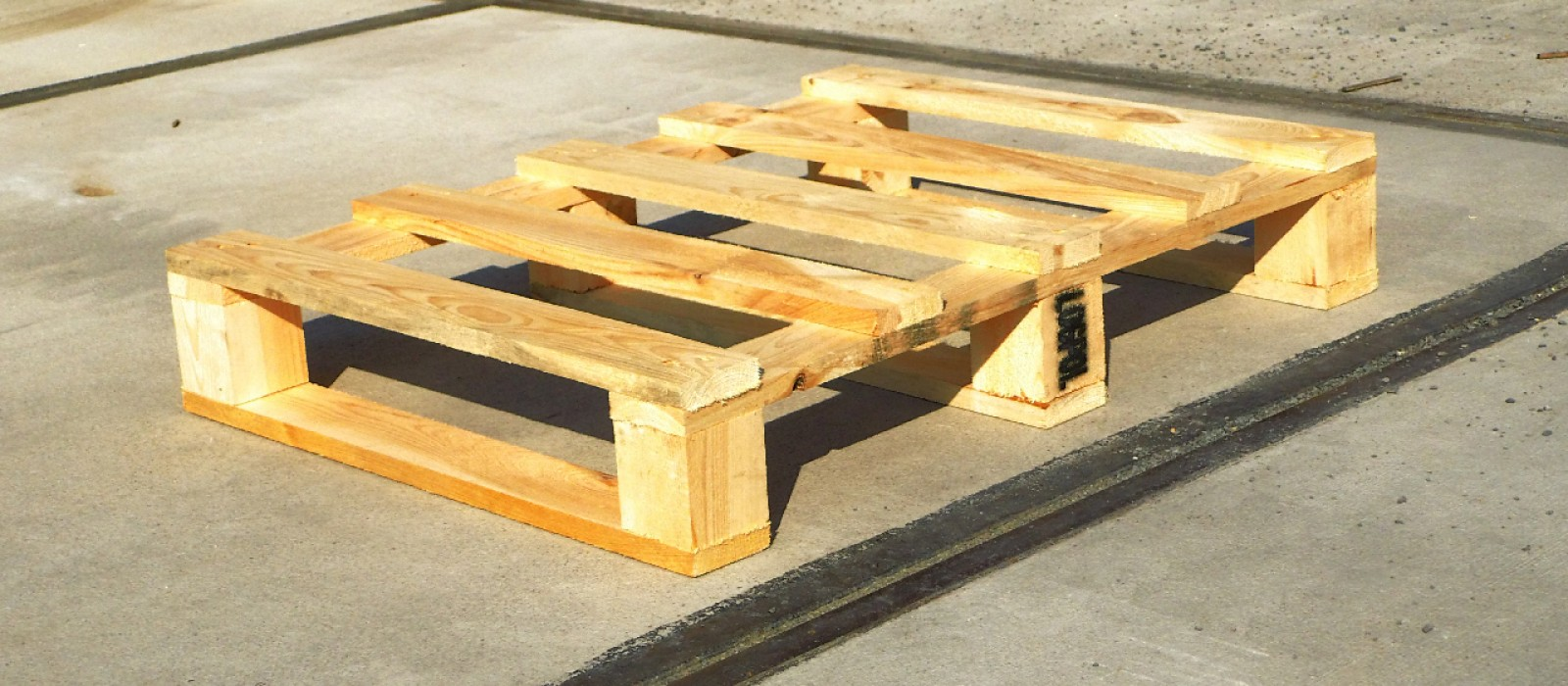 Holzpalette-800×600