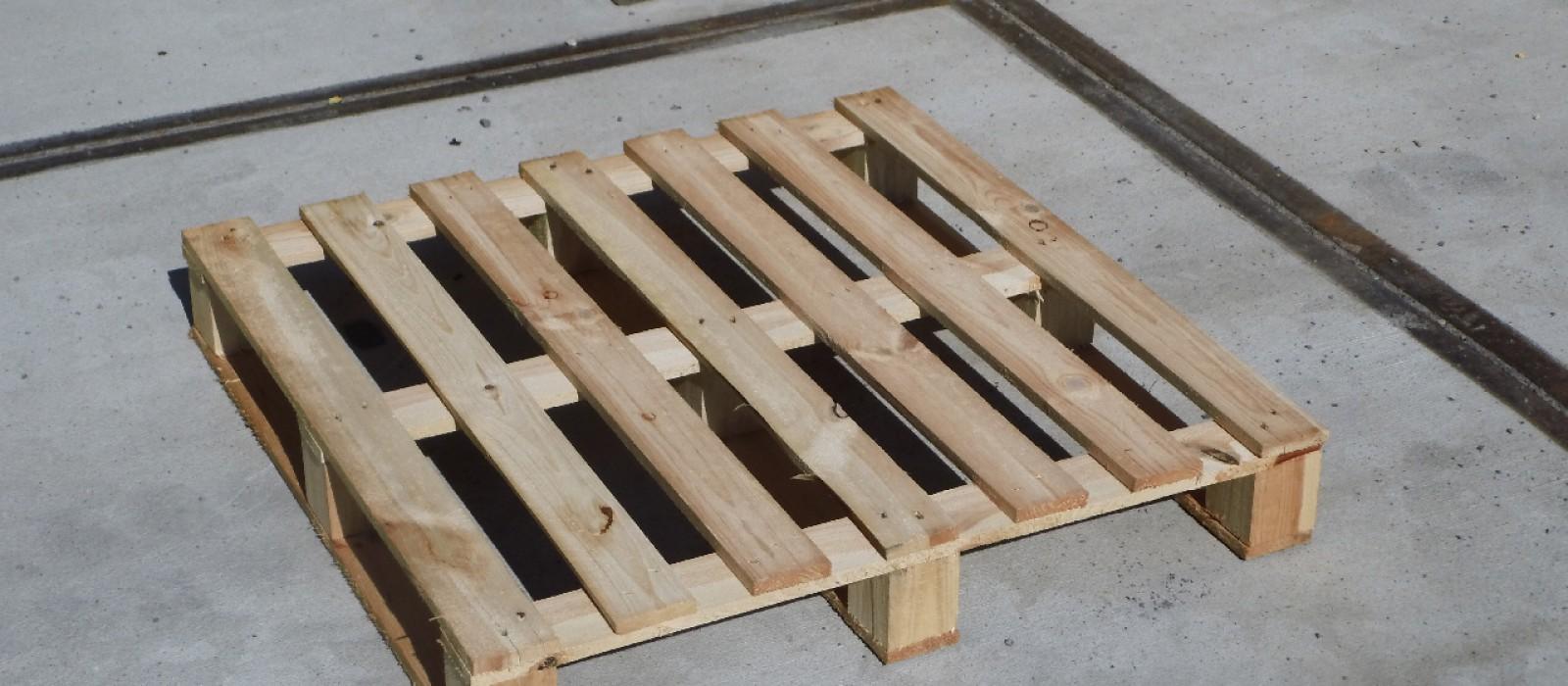 Holzpalette-800×800