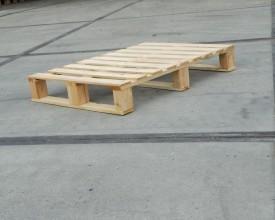 Holzpalette-930x660-in-4-Wege-Ausführung