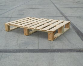 Holzpalette-930x670mm-mit-9-Deckbrettern