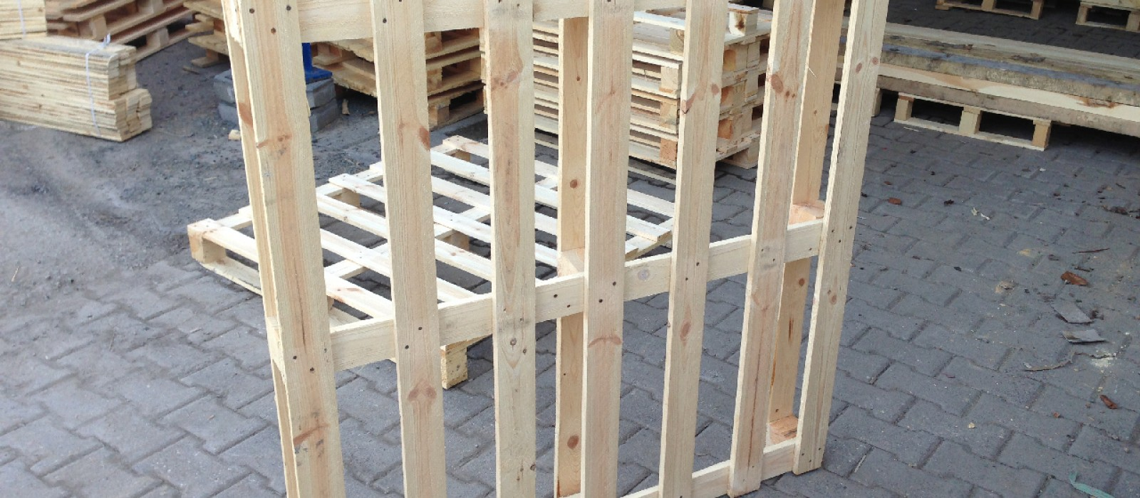 Einwegpalette-1200×1200-mit-7-Deckbrettern