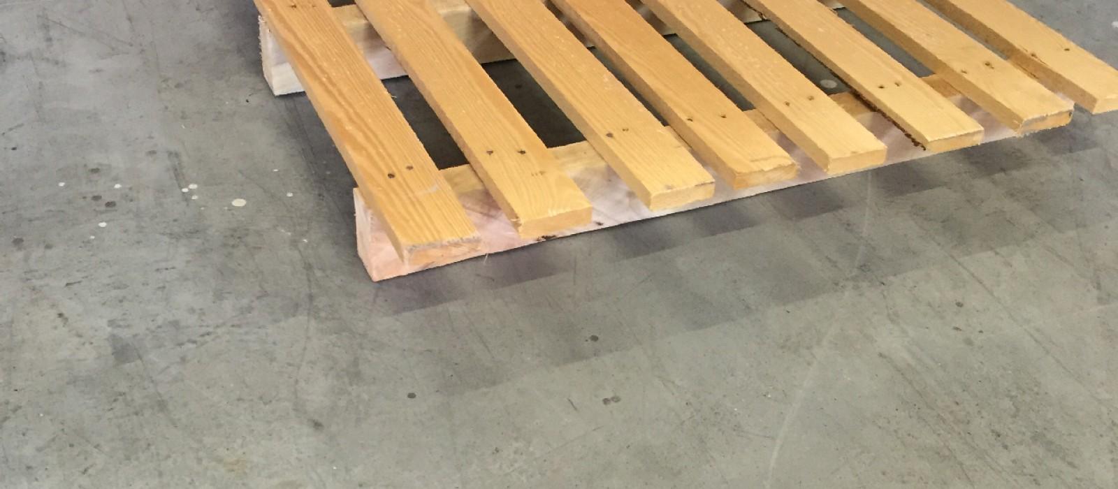 Holzpalette-1200×800-mit-8-Längssprossen