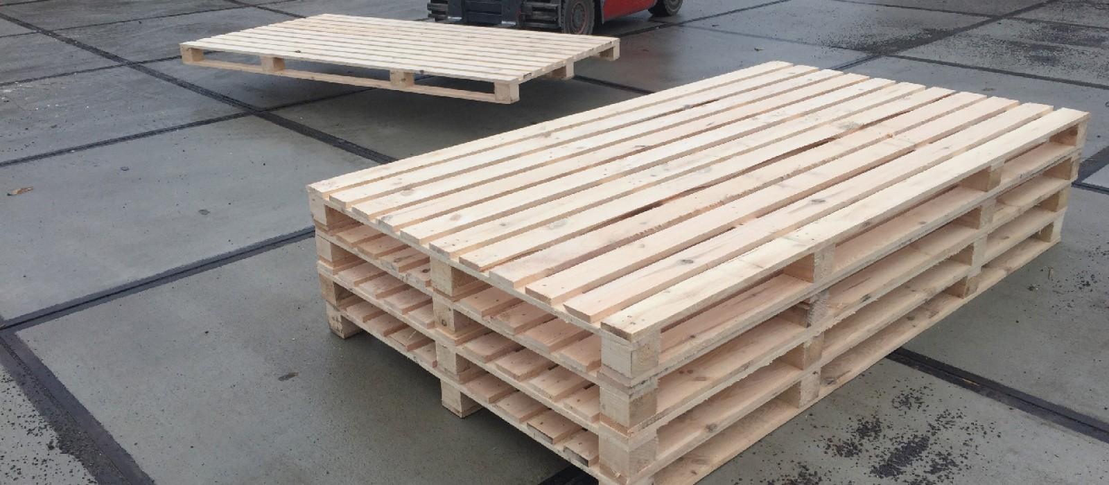 Holzpalette-2500×1400–als-4-Wege-Ausführung