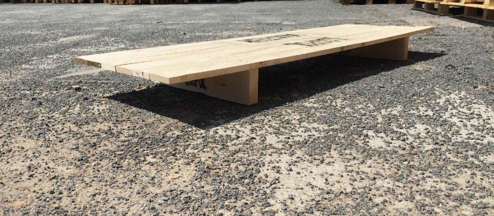 Holzpalette-als-2-Wege-Palette