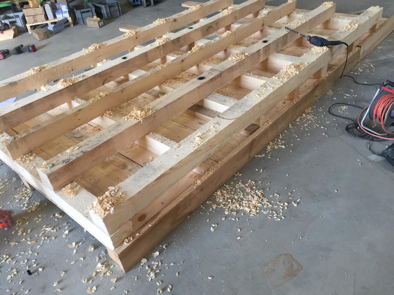 Schwerlasttransportpalette-aus-hitzebehandeltem-Holz