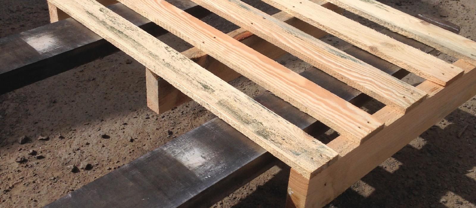 Holzpalette-mit-3-Kufen