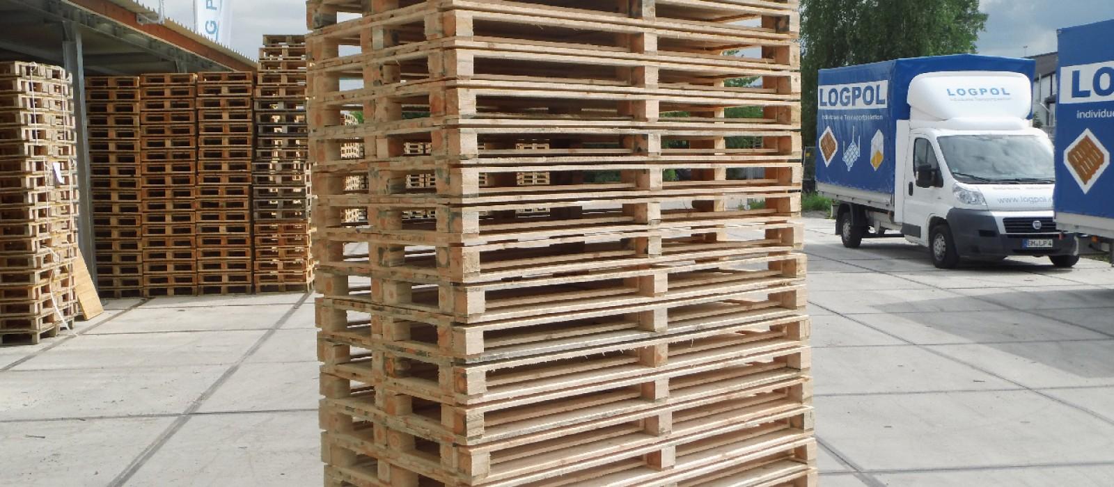 Holzpaletten-2000×1000-im-Stapel