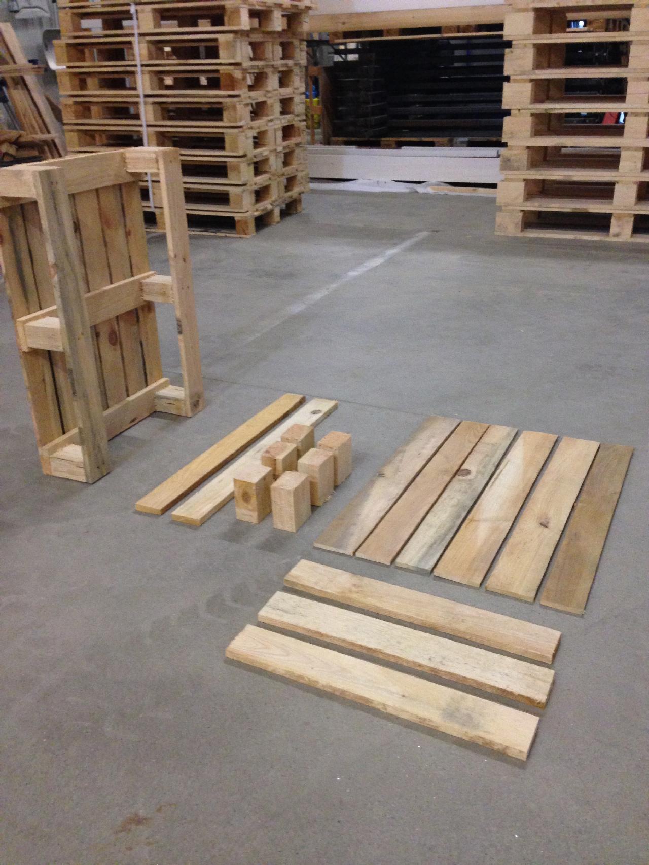 Holzpalette-540×740-Einzelbauteile