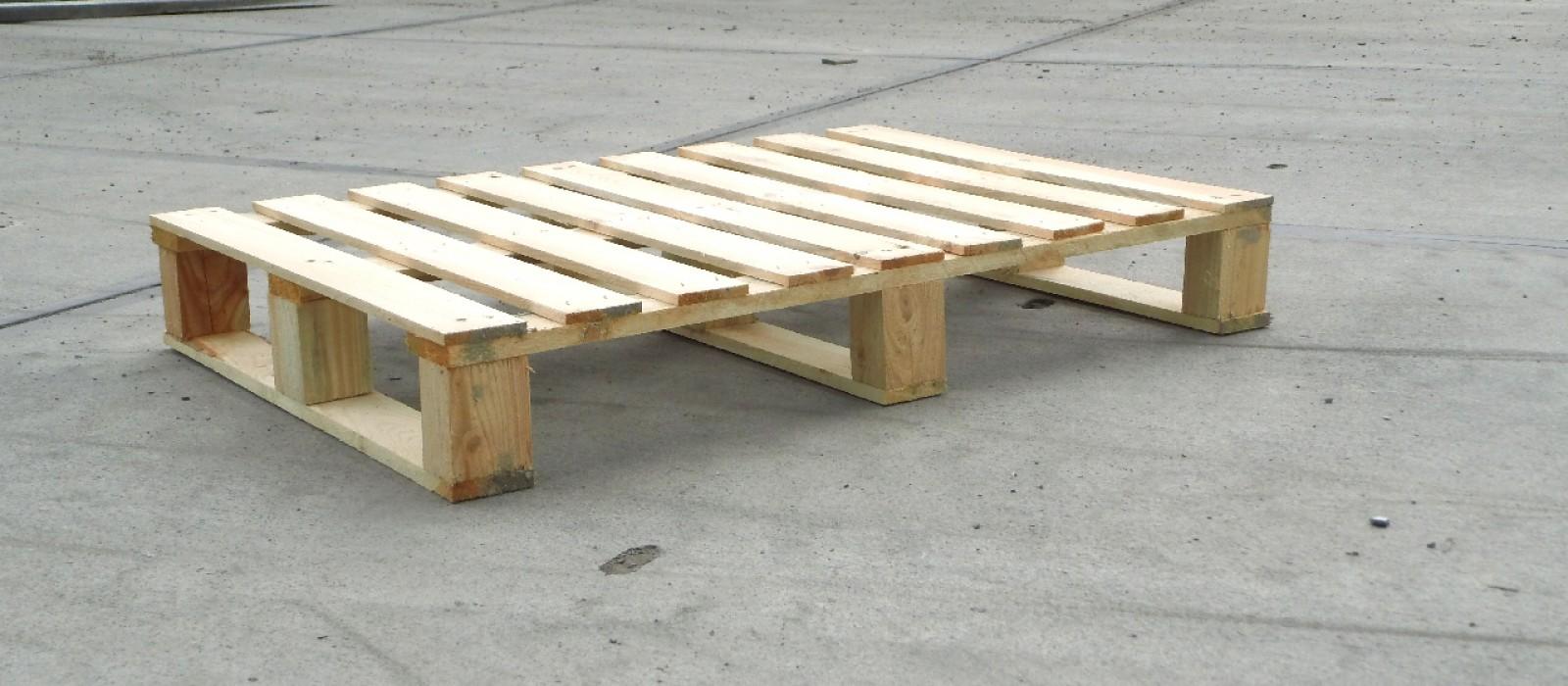 Holzpalette-940×670