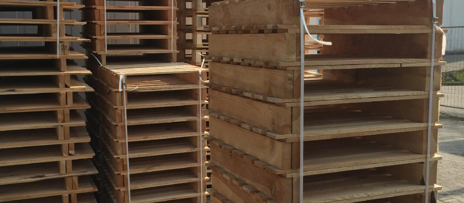 Holzpalette-für-Diverse-Pack-und-Stückgüter