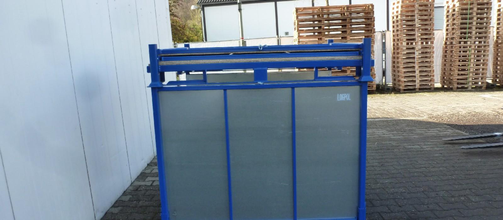 Transportbehälter-mit-klappbaren-Blechwänden