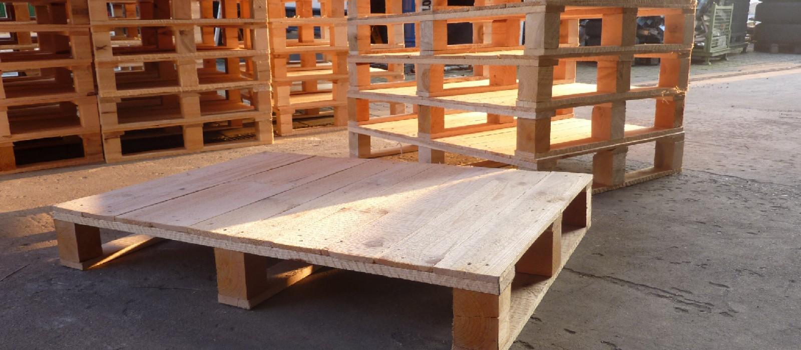 Holzpalette-1020×720-vollflächig-beplankt