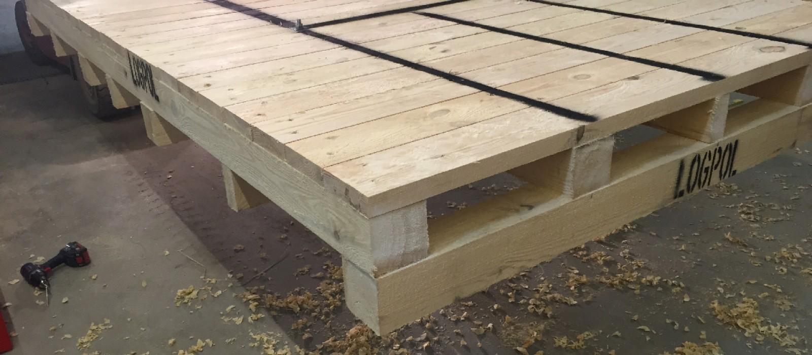 Schwerlastpalette—für-Spulen-als-verschraubte-Holzkonstruktion