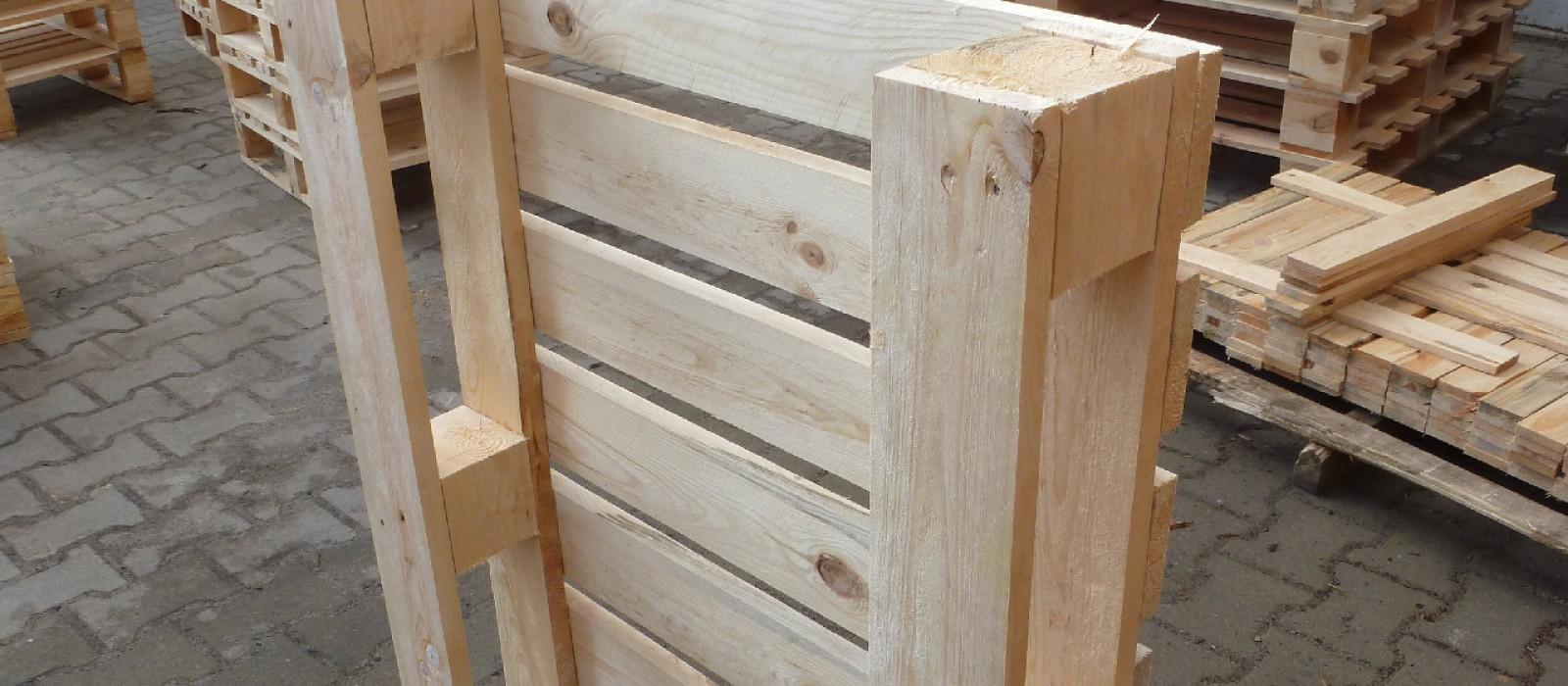 Holzpalette-560×760-mit-8-Deckbrettern