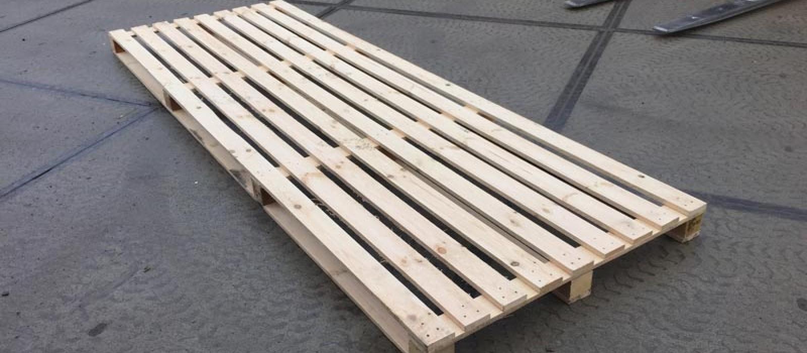 Holzpalette-3500×1200