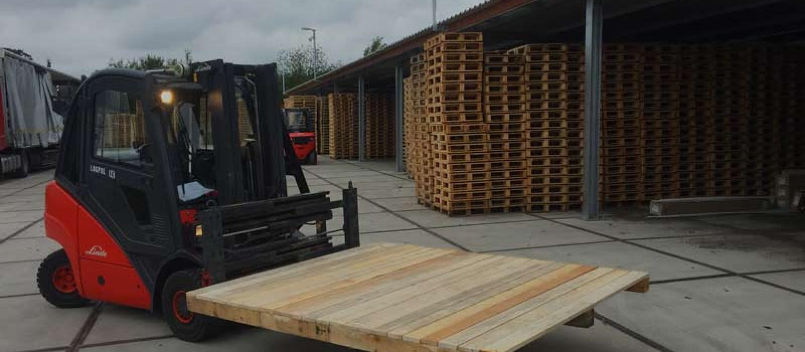 Holzpalette 2000×2000
