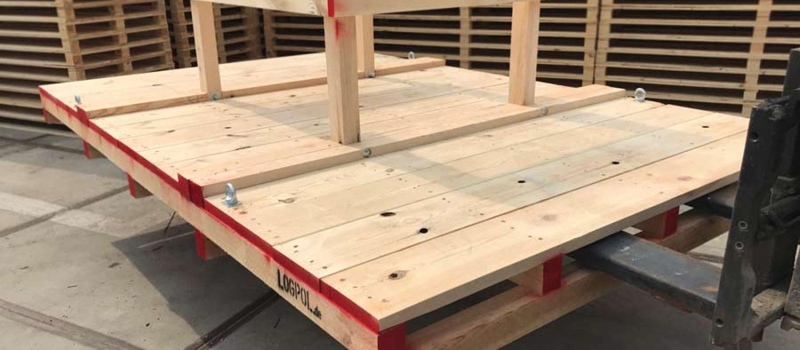 LOGPOL-Holzgestell-mit-Brücke