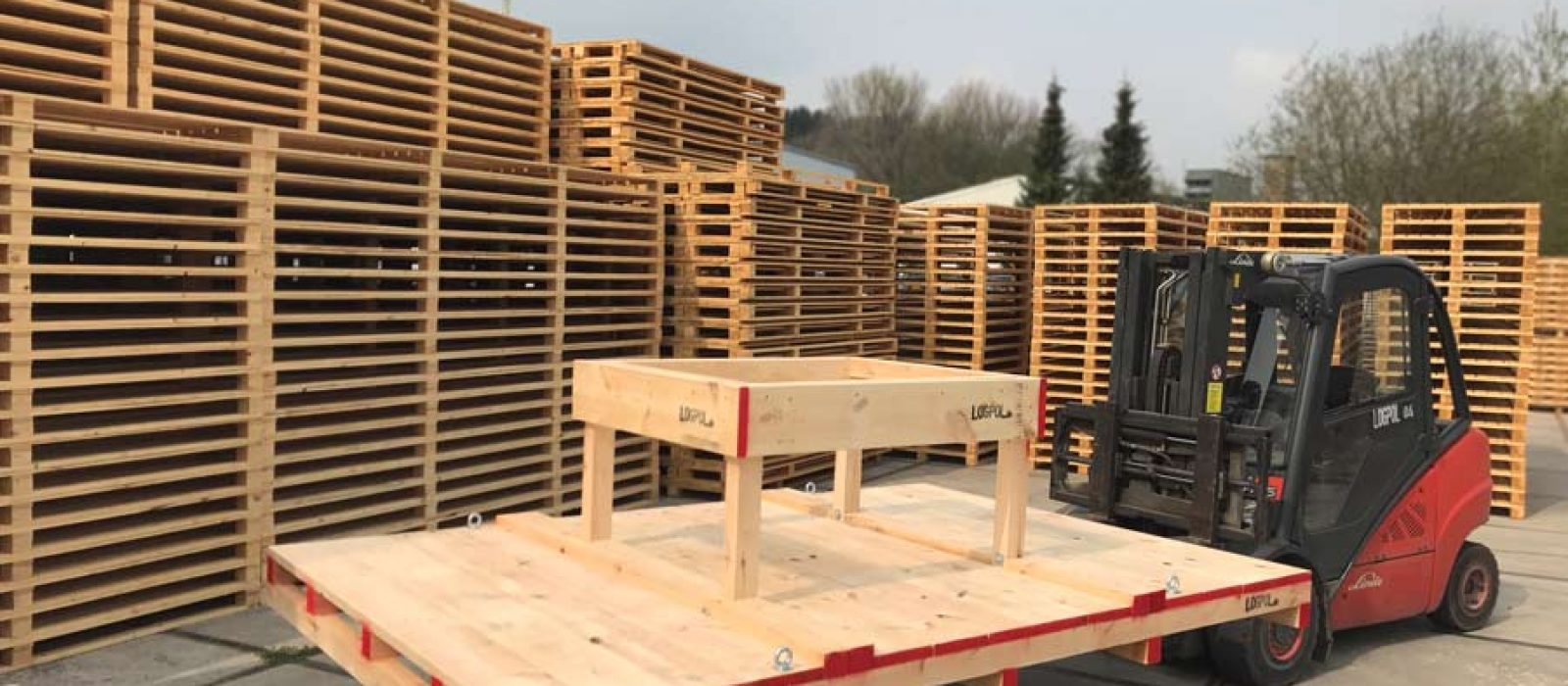 LOGPOL-Holzpalette-Sonderformat