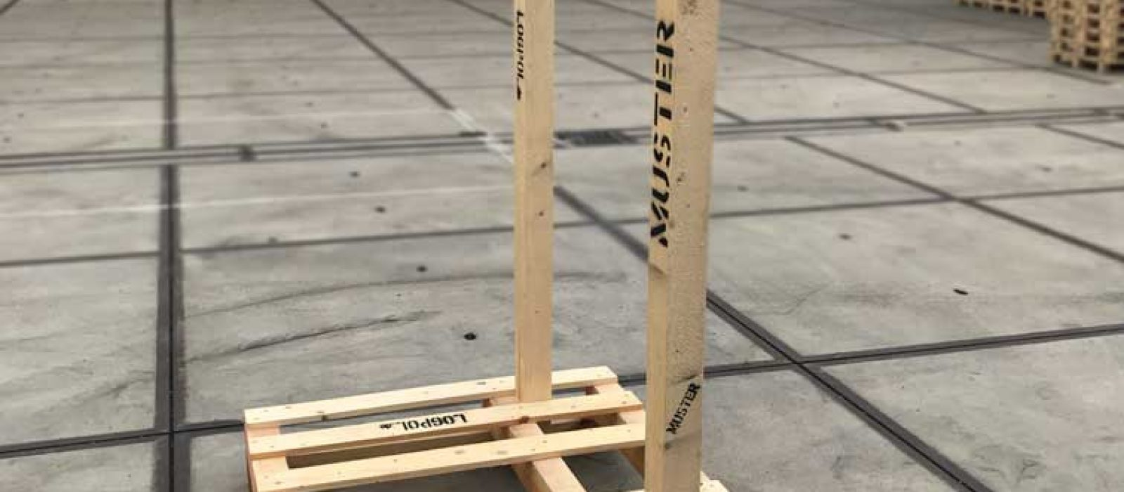 Holzgestel-1200×1000-2