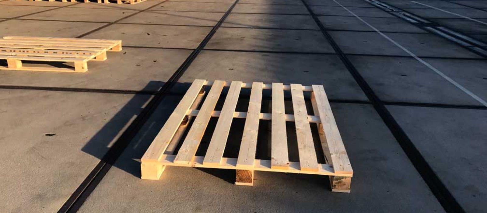 Holzpalette-1600×1200-LOGPOL