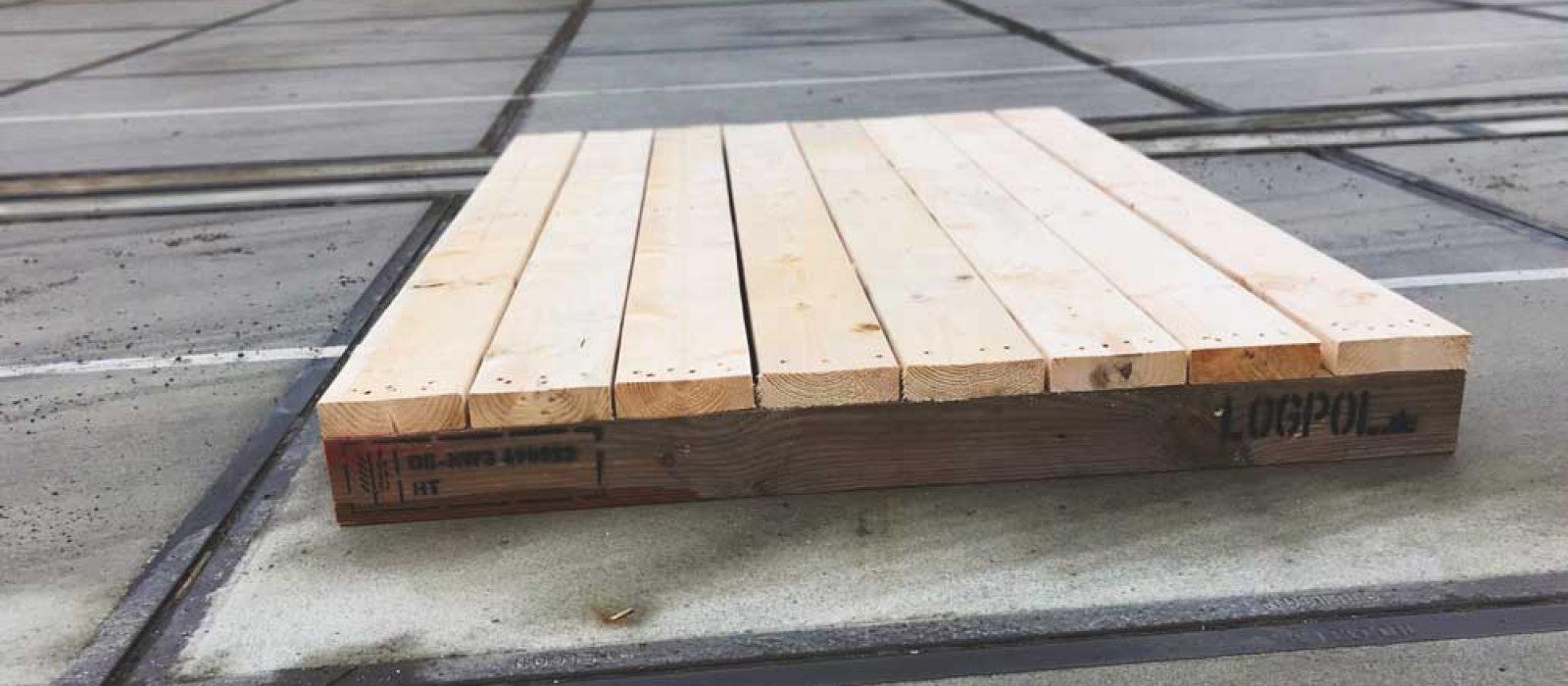 Holzpalette-1600x1200_LOGPOL