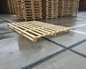 Holzpalette-2400x1500-mm-(1)