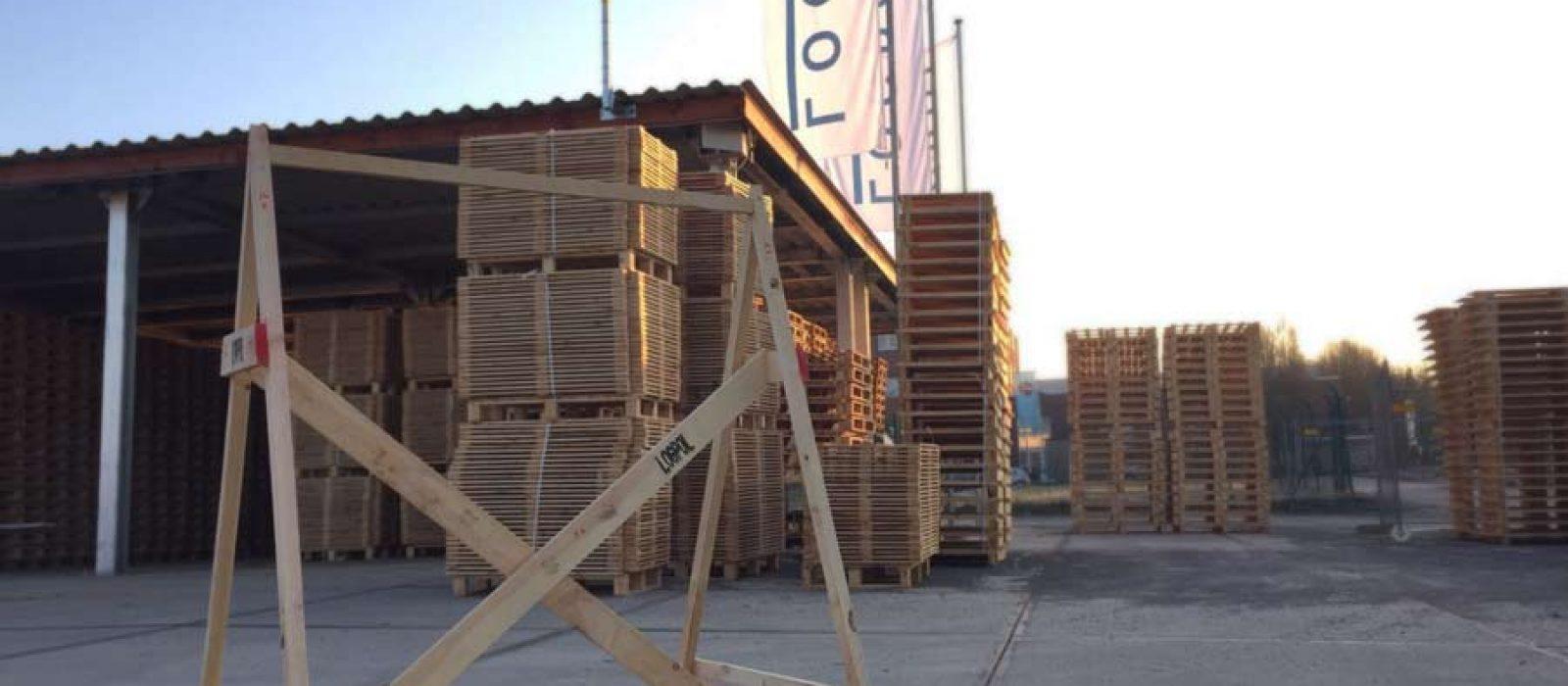 Holzgestell-LOGPOL
