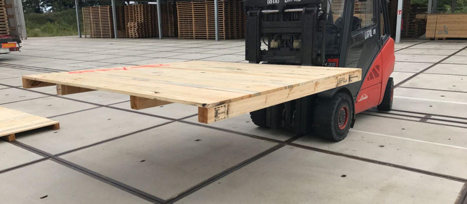 Holzpalette-2300×2300-3