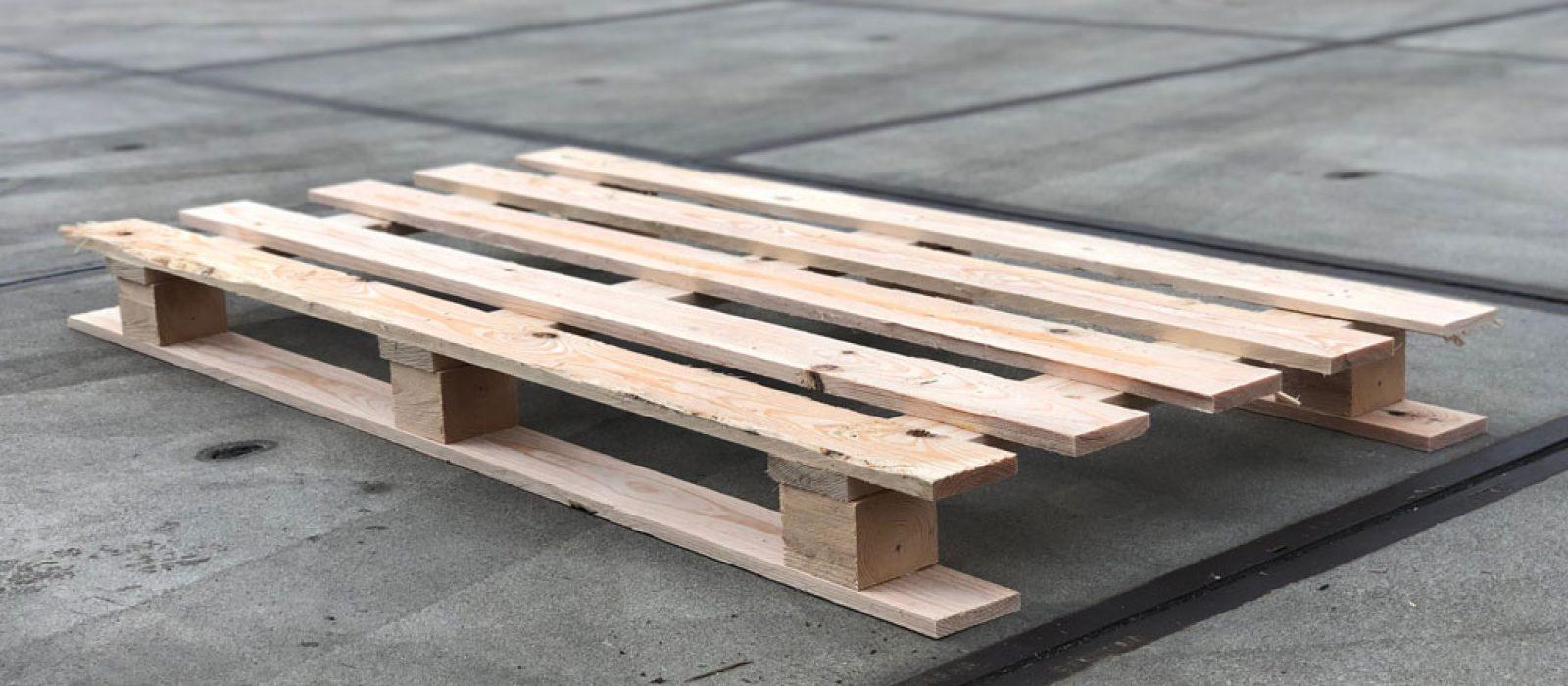 Holzpalette-1500×800-LOGPOL